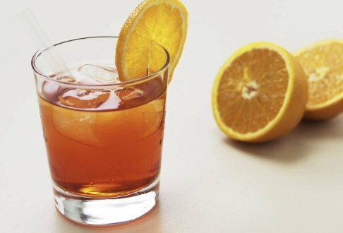Lipton - Aperol Spritz au thé fraise, framboise et rhubarbe
