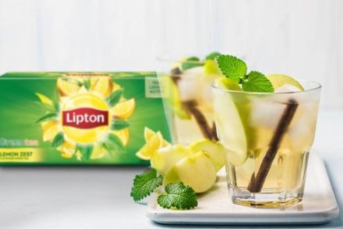 Apple and Cinnamon Iced Green Tea
