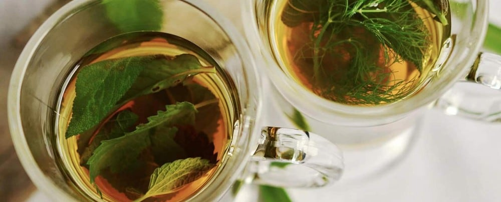 MAKE A CLASSIC MINT TEA