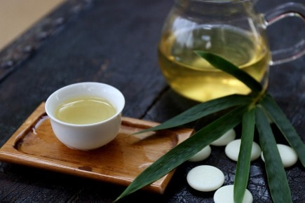 How to Host a Chinese Tea Ceremony